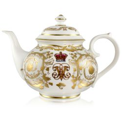 Buckingham Palace Victoria and Albert 4 Cup Teapot