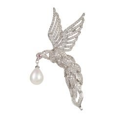 Buckingham Palace Hummingbird Brooch