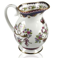 Buckingham Palace Queen Victoria Cream Jug