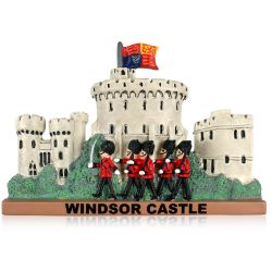 Windsor Castle Tower resin fridge magnet  featuring guardsmen marching in front of the castle tower figure and the words Windsor Castle written on the lower part of the magnet.