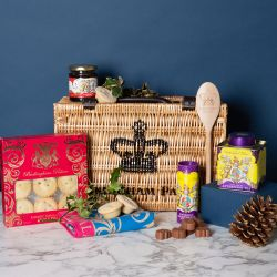 Buckingham Palace Small Christmas Hamper