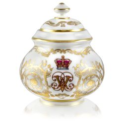 Victoria and Albert English fine bone china sugar bowl featuring the ciphers of Queen Victoria and Prince Albert surmounted by a royal crown and surrounded by intricately ornated gold patterns.