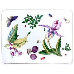 Serving mat displaying a design of leaves, butterflies and vegetables