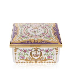 Queen Victoria Limited Edition Music Box