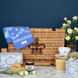 The Royal Birdsong Hamper