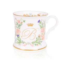 fine bone English china tankard with gold letter B to commemorate the wedding of Princess Beatrice, surrounded by floral decoration