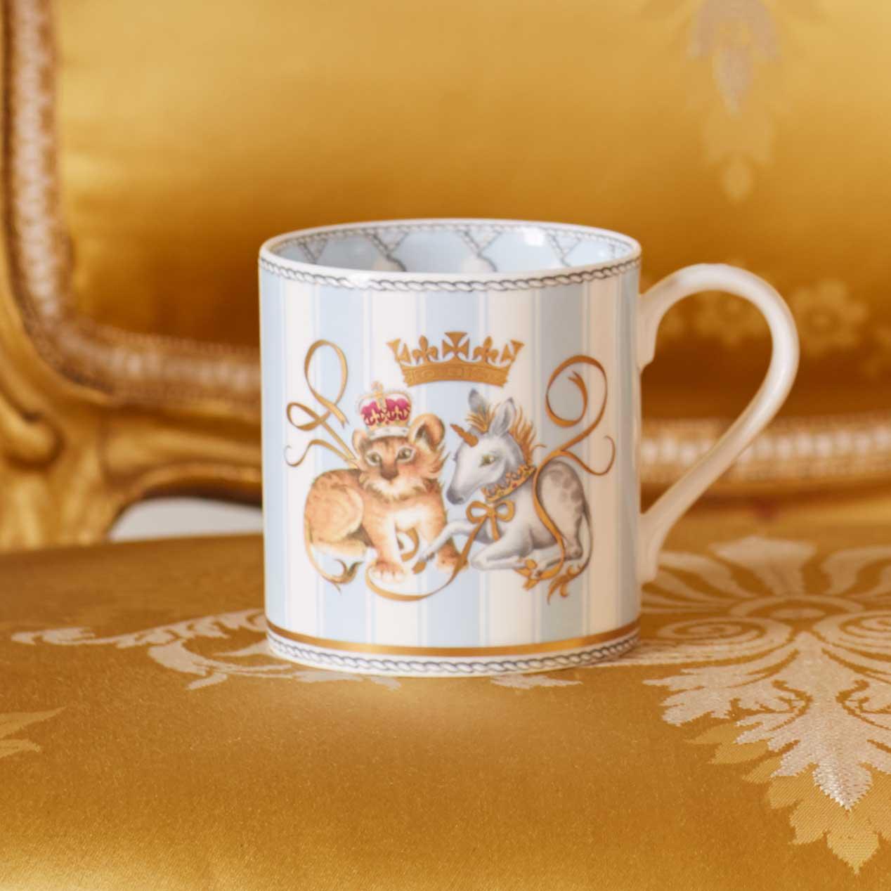 Souvenir Teapot Mug Baby Born Official Commemorative Range Buy Royal Baby Commemorative Mug From The Buckingham Palace Online Shop