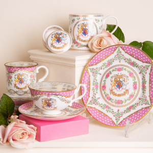 To celebrate the 95th birthday of Her Majesty The Queen, Royal Collection Trust has produced this official range of commemorative chinaware