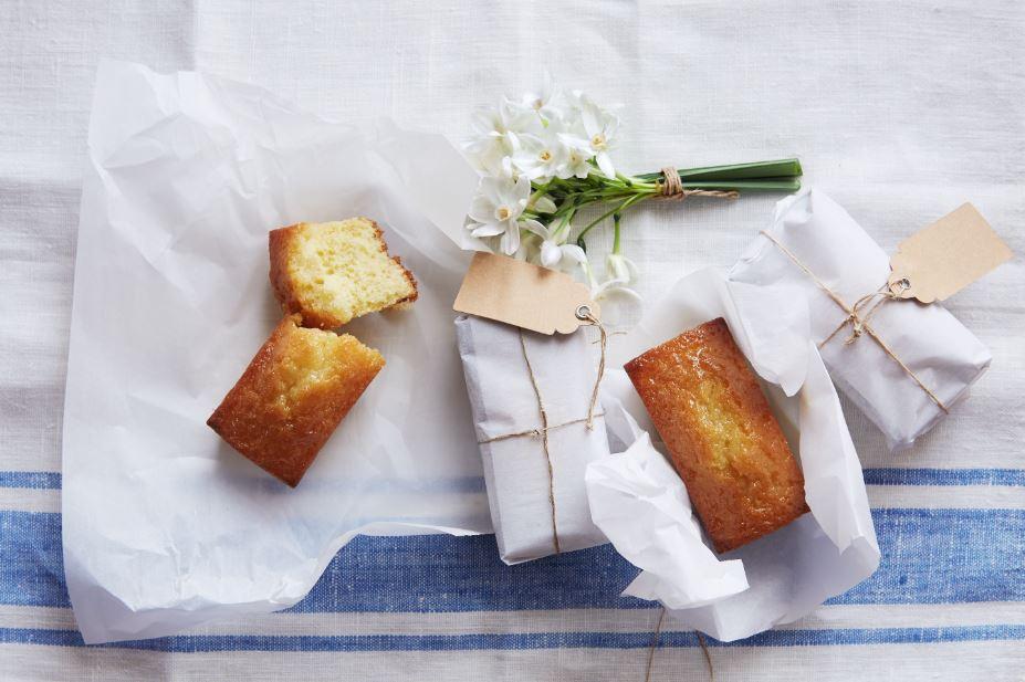 Lemon cake and recipe book